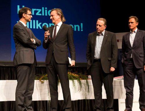"""Bayer erhält Zertifikat """"Ausgezeichneter Lehrbetrieb 2013"""""""